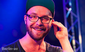 Aug 17, 2021 · mark forster (standing out) vs cal newport (time blocking) vs james clear (ivy lee) by aaron hsu on may 28, 2021 at 12:54. Mark Forster Wiki Young Photos Ethnicity Gay Or Straight Entertainmentwise