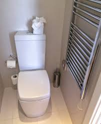 Toilet Flushing Systems And Designs Flush Toilet Wikipedia