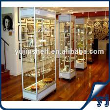 Free Standing Shop Display Units Guangzhou Supplier Floor Standing Top Glass Black Pedestal 90