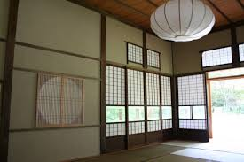 Japanese shoji doors Window Shoji Screens Over Round Moon Window Walls In Traditional Wara Juraku Japanese Stucco Lizandettcom Bluefield Joiners Japanese Architectural Woodworking Shoji Screens