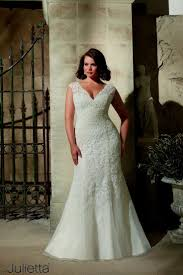 8 Best Wedding Dresses Images On Pinterest Couture Bridal Gowns