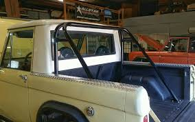 Early Bronco Roll Cage with Built-In Seatbelt Harnesses | Krawlers Edge