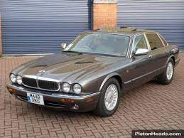 Daimler Double Six 6 0i V12 Auto Jaguar Xj Jaguar Car Classic Cars