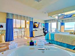 oceanfront romance jacuzzi 60 tv fireplace massage chair