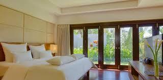 ... One Bedroom Cottage ...