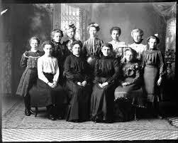 Teen unwed mothers in history