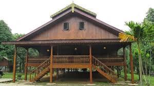 Rumah adat betawi atau yang biasa disebut rumah kebaya merupakan rumah asli suku betawi atau suku asli jakarta. 38 Rumah Adat Provinsi Di Indonesia Lengkap Gambar Dan Penjelasan Mamikos Info