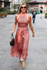 634 x 777 jpeg 155 кб. Amanda Holden Wows In Silky New Dress As She Reveals Hilarious Secret To Her Makeup Look In 2021 Amanda Holden Dresses Pink Dress