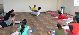 navasana technique in the teacher course