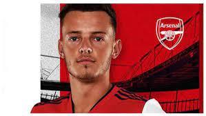 Arsenal sign Ben White for 58m euros ...