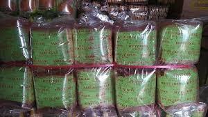 Permasalahan tersebut merupakan penerapan materi program linear, yaitu berfungsi untuk menentukan nilai maksimum atau minimum suatu pendapatan atau keuntungan. Pendi Agen Roti Jordan Sumatera Selatan 62 813 7991 0194