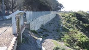 wood lagging rening wall