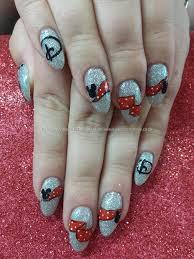 Freehand mickey and minnie disney nail art   Nail art   Pinterest ...