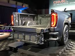 One of the Coolest Features of the 2019 GMC Sierra is its Tailgate