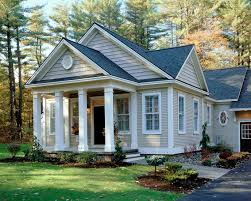Best Exterior Paint Colors For Small Houses  Kelli Arena - Good exterior paint