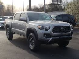 Used pickup trucks with Manual Transmission for Sale