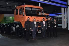 auto expo 2016 release tata motors launches its new signa range of mercial vehicles