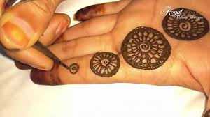 Simple Round Mehndi Design Easy Stylish Circular Mehndi Design 2017