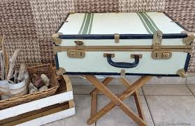giving a new look to an old vintage suitcase free tutorial with pictures on how