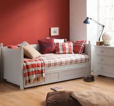 why day beds make the perfect bed for