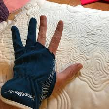 A Few Scraps: Tough gloves for Free-Motion Quilting & ... then you'll be stopping me at QuiltCon telling me how we are badass  fingerless gloves soul twins! I love it. I'm so glad we met in the future.  You rock. Adamdwight.com