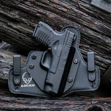 leather vs kydex which is the best conceal carry holster