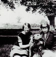 Gladys & Hilda Smith   Redbourn Families S-U   Herts Memories