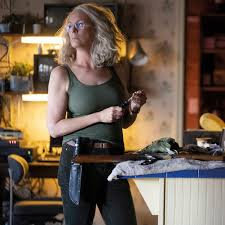 After that, she became famous for roles in movies like trading places (1983), perfect (1985) and a fish called wanda (1988). Wieder Halloween Jamie Lee Curtis Will Auf Krankheit Aufmerksam Machen