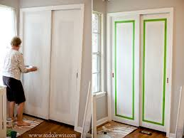 paint faux molding on sliding closet doors casa de lewis instead paint all white