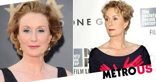 Lisa banes was born in 1950s. Gone Girl Actress Lisa Banes Critically Injured In Hit And Run Metro News