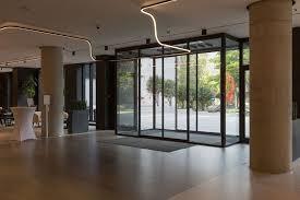 how automatic sliding doors work