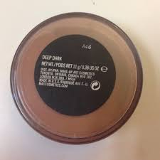 mac makeup deep dark loose powder