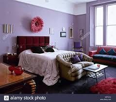 Traditionelle Lila Schlafzimmer Bett Gepolstertes Kopfteil Sofas