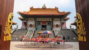 นึกว่าอยู่เมืองจีน! เที่ยว 'วัดเล่งเน่ยยี่ 2' ชมสถาปัตยกรรมไชนีสรับตรุษจีน
