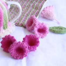 Knitted Flower Pattern Best Trumpet Flower Knit Pattern Into Craft