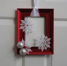Picture Frame Christmas Wreath - Red and White. $20.00, via Etsy. Making  these