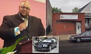Chicago minister stole money from program to feed kids, spending $142,000  on a Bentley for himself | Daily Mail Online