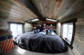 tiny house news. Couple Make Big Changes To Live In A Tiny House News