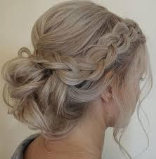 Side Braided Low Updo Wedding Hairstyle účesy Penteados