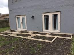 patio steps pea size x: poured concrete pavers create a stylish patio
