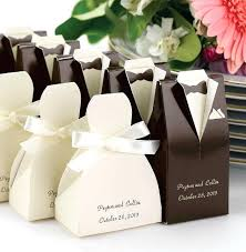 how to make wedding favors yourself awesome wedding favors for your guests wedding  favors wholesale uk