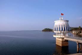 Một trong những hồ nước nhân tạo lớn nhất của Việt Nam và ĐNA