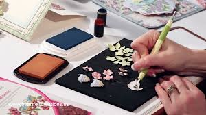 Gatefold Cardmaking Birds And Blooms Flower Shaping New Card Card Making Ideas Youtube