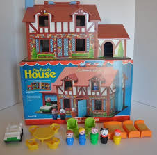 vintage fisher price little people tudor house 952 complete with