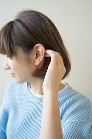 ショートやボブで膨らんでしまう髪を簡単に抑える方法 Afloat Column