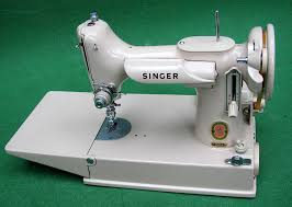 Singer 221 Sewing Machine