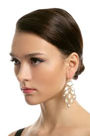 gwen lilly earrings by kendra scott