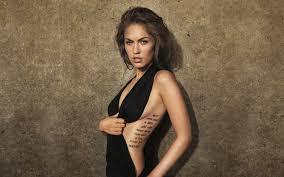 фото женских татуировок на пояснице руке спине шее