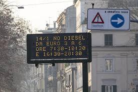 Blocco traffico, a Roma diesel fino a Euro 6 vietati anche ...