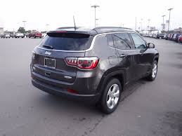 2018 chrysler compass. simple compass 2018 jeep compass latitude fwd  16757522 2 with chrysler compass
